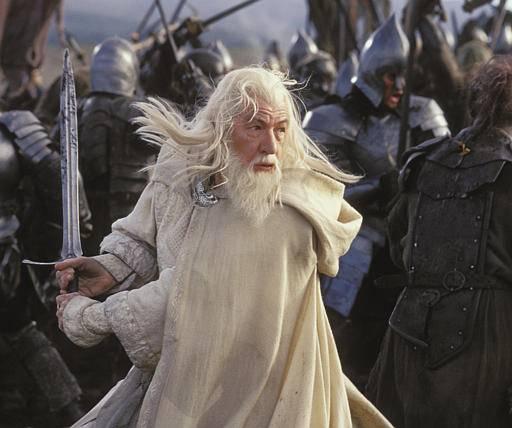 Gandalf: quem disse que magos não podem usar espada!?